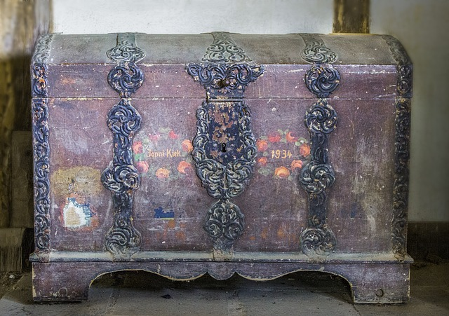 old-chest
