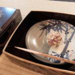 大阪の茶室での落葉