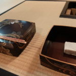 大阪の茶室での紅葉狩り
